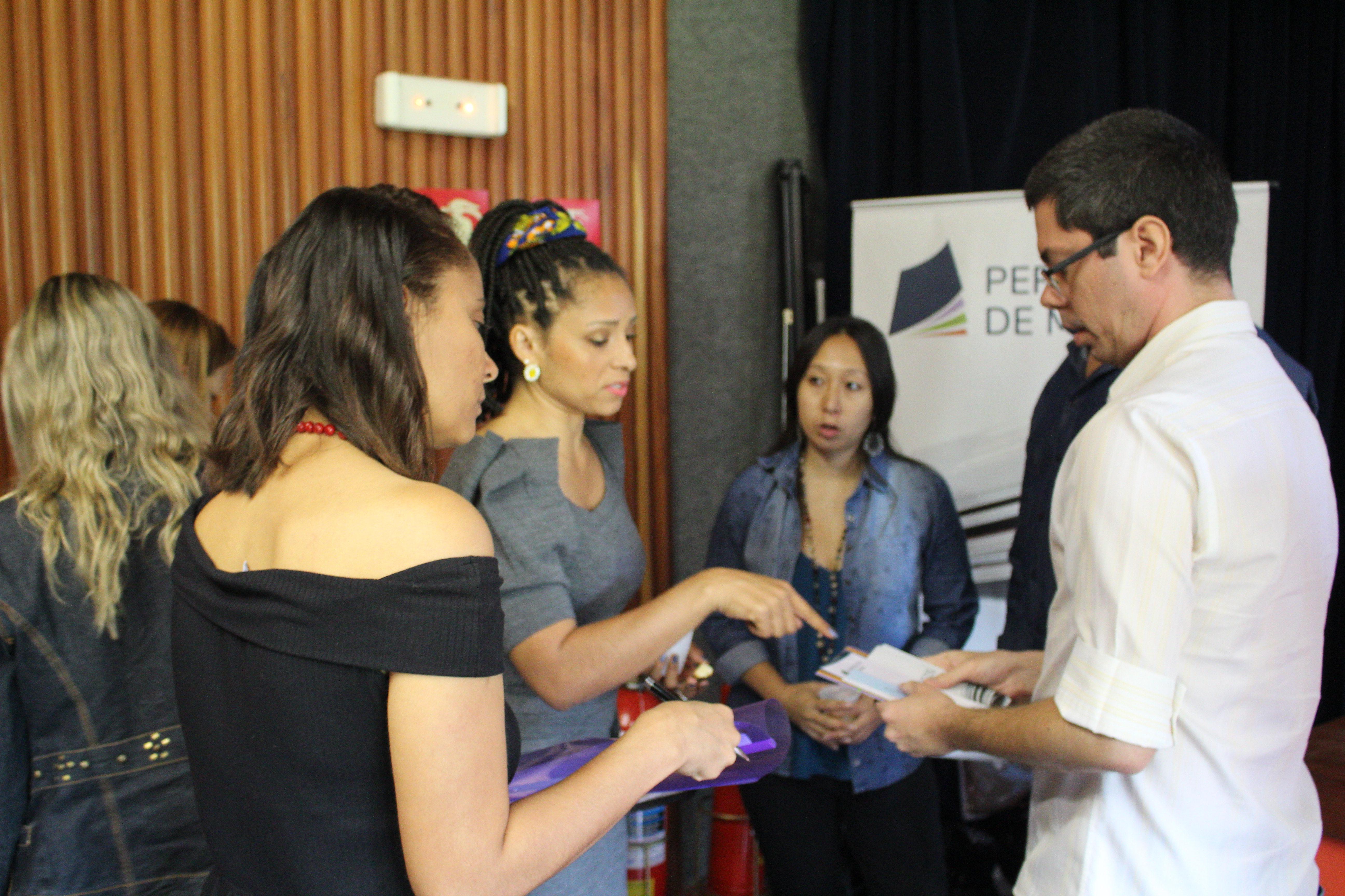 Circuito Qualifica Periódicos Debate Divulgação Científica Na Escola Na UFMG
